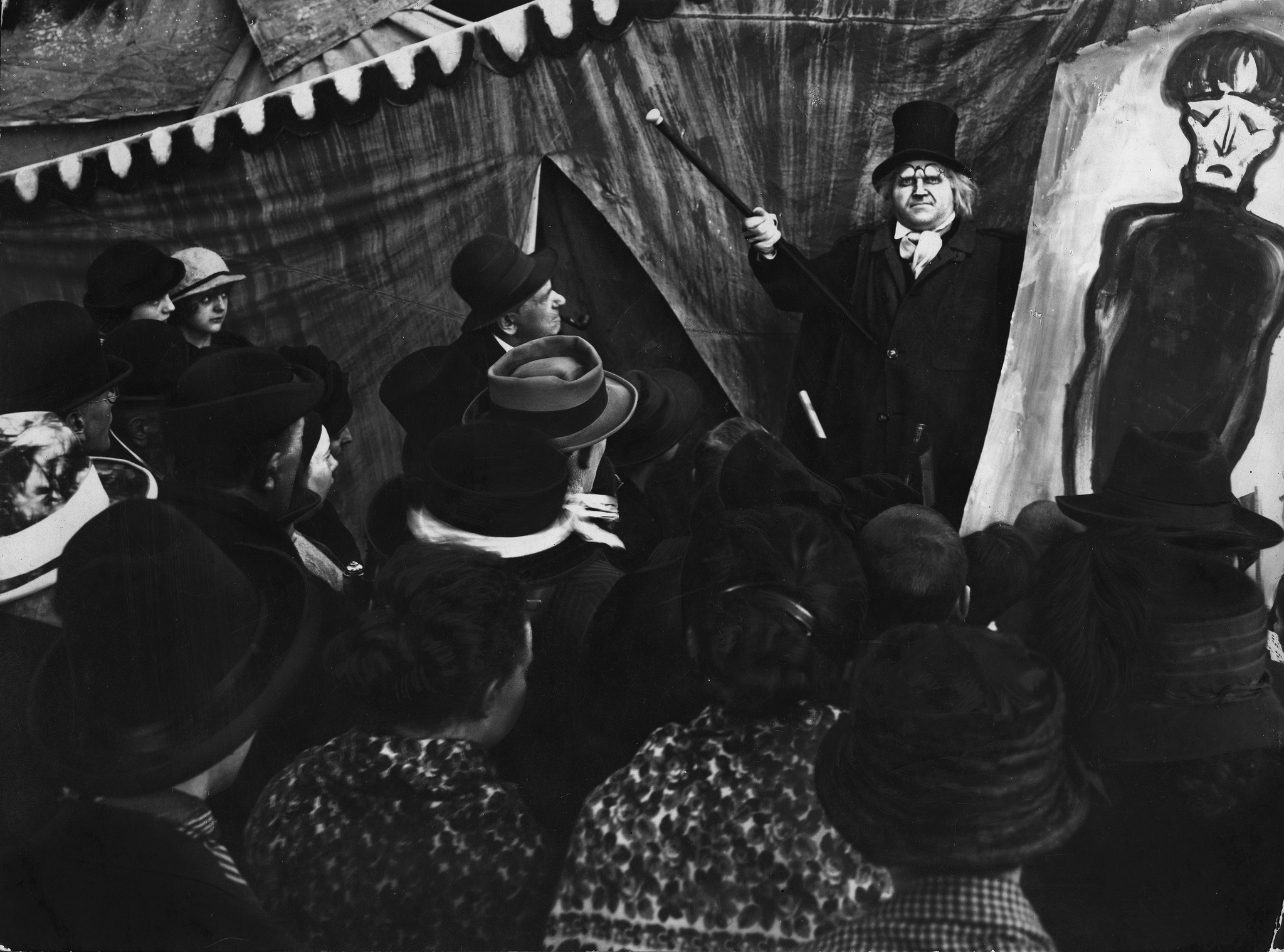 A critique of carl mayer and hans janowitzs the cabinet of dr caligari